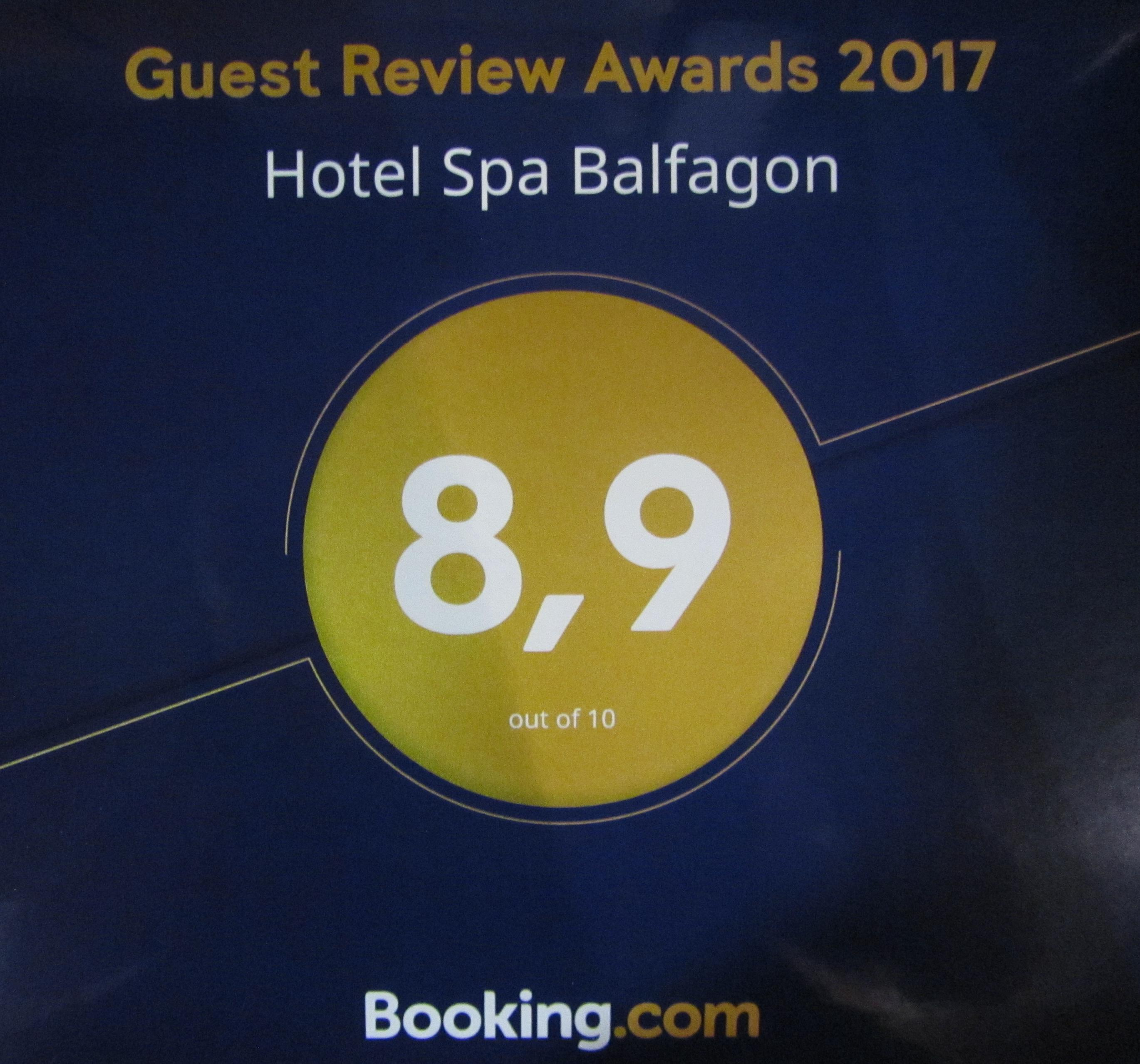 Guest Review Awards Booking 2017
